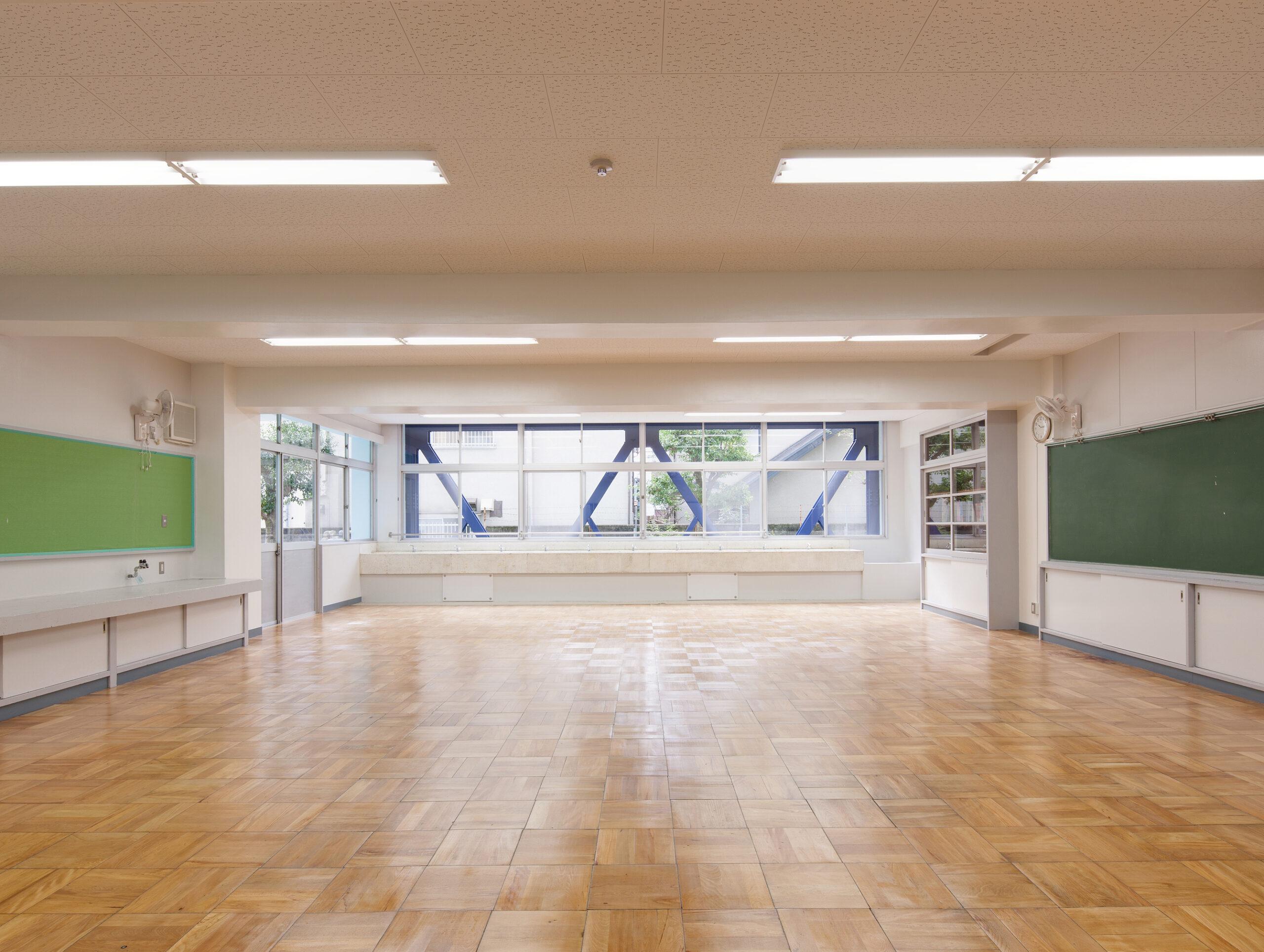 八雲中学屋内運動場耐震補強
