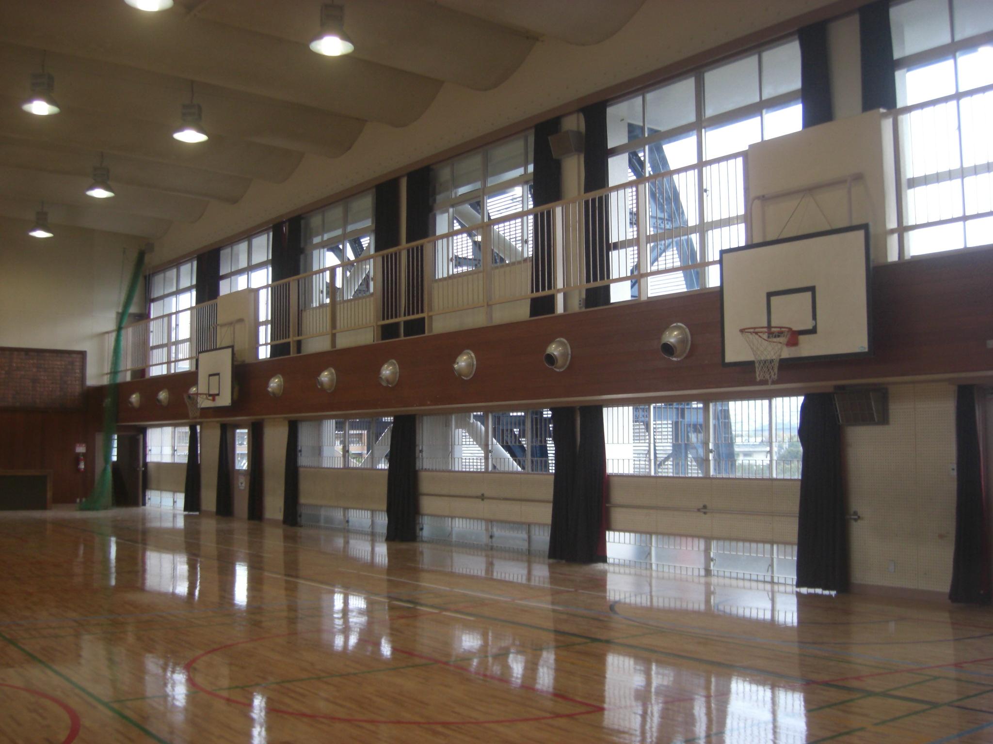 加茂小学校屋内運動場棟耐震補強等