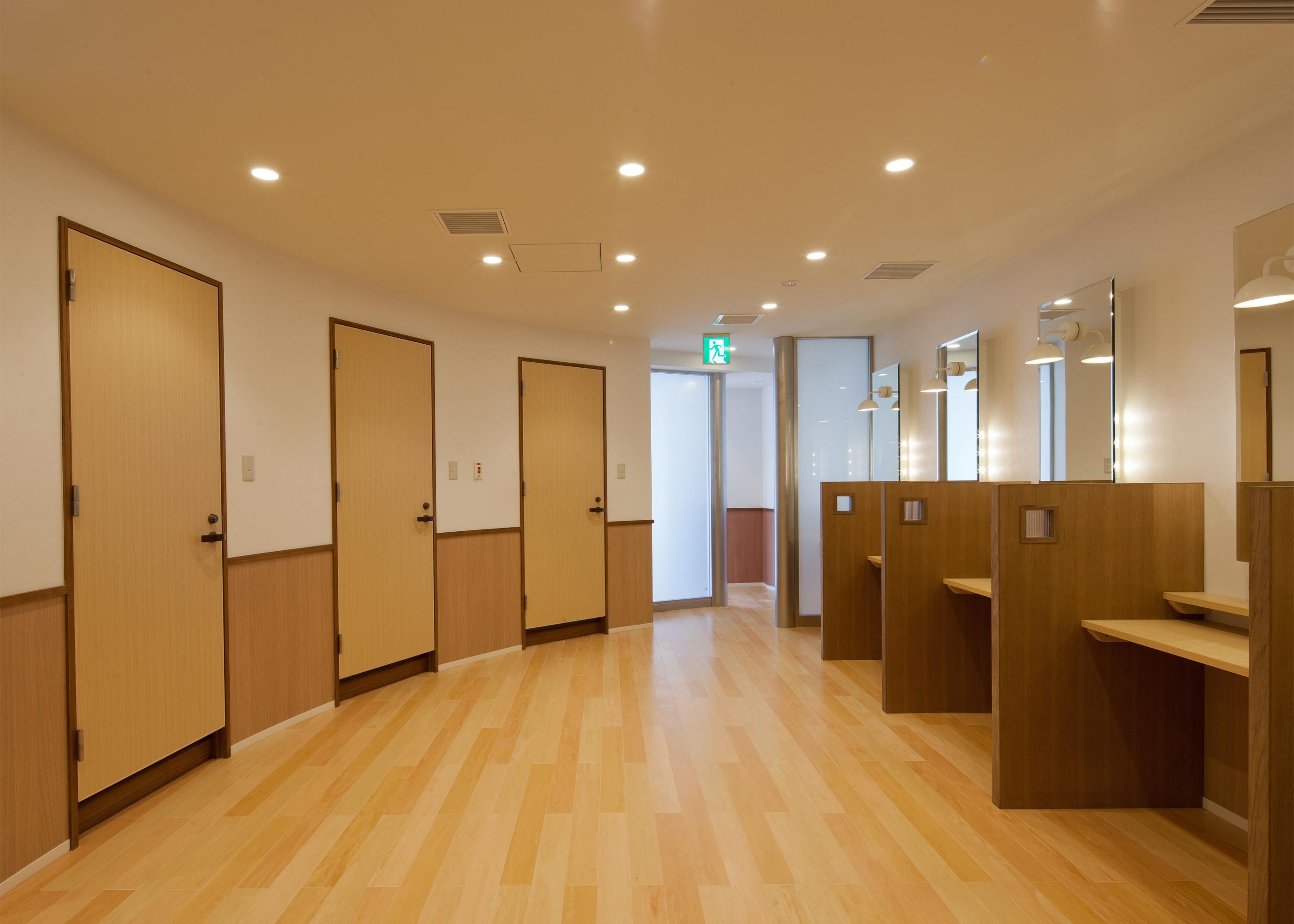 大阪工業大学大宮学舎総合案内所