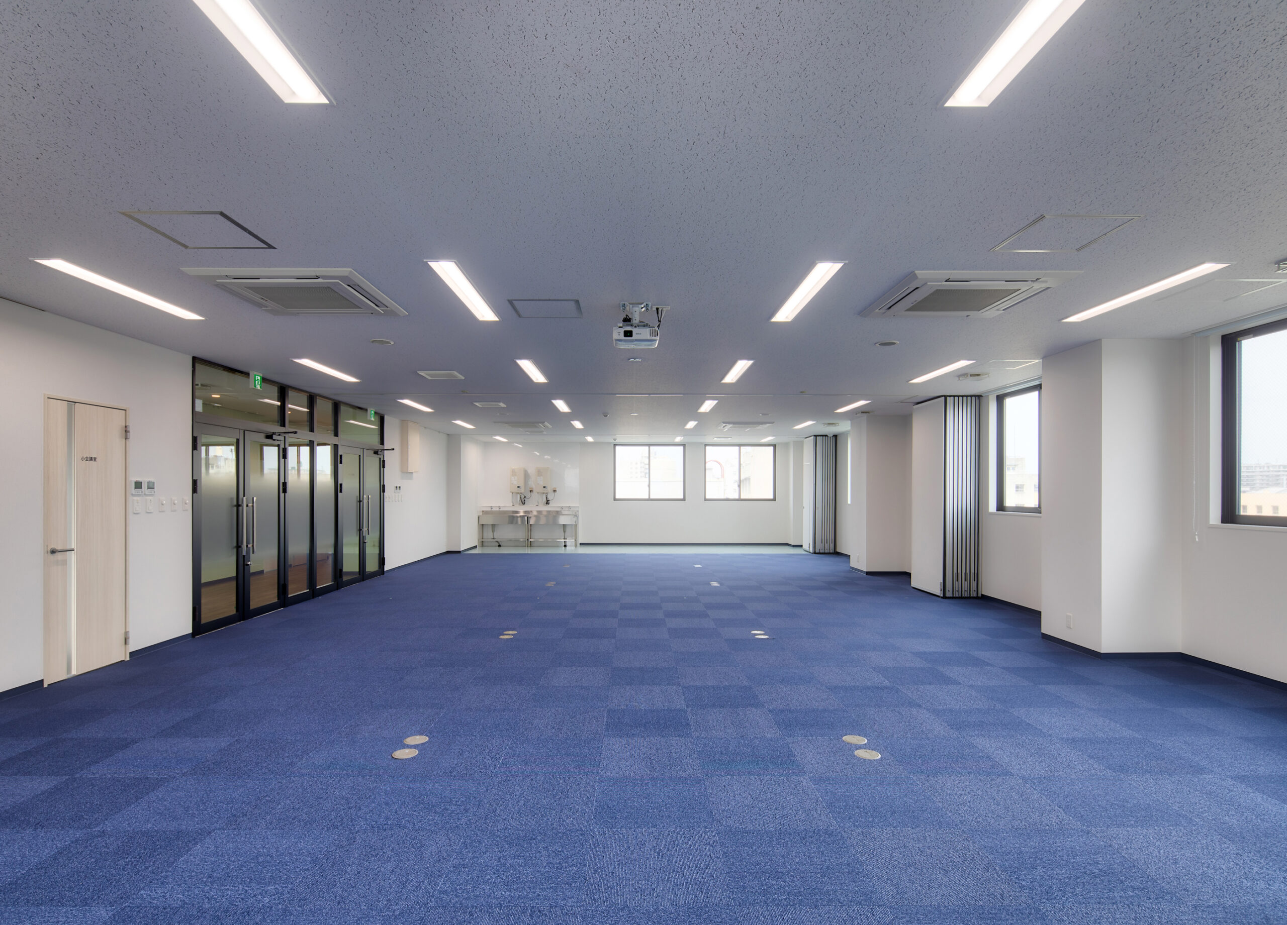 A社大阪支店